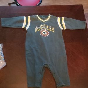 6 mo Packer outfit